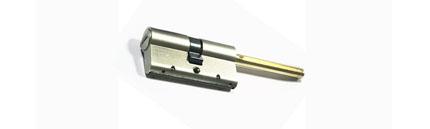 Цилиндр врезного замка MUL-T-LOCK мт5+L 80 (50*30 дл.шток) с установкой